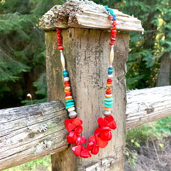 ☀️NEW! Red coral & natural gem tribal necklace